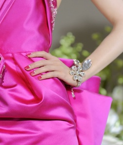 dior-fall-2009-couture-halfmoon-mani